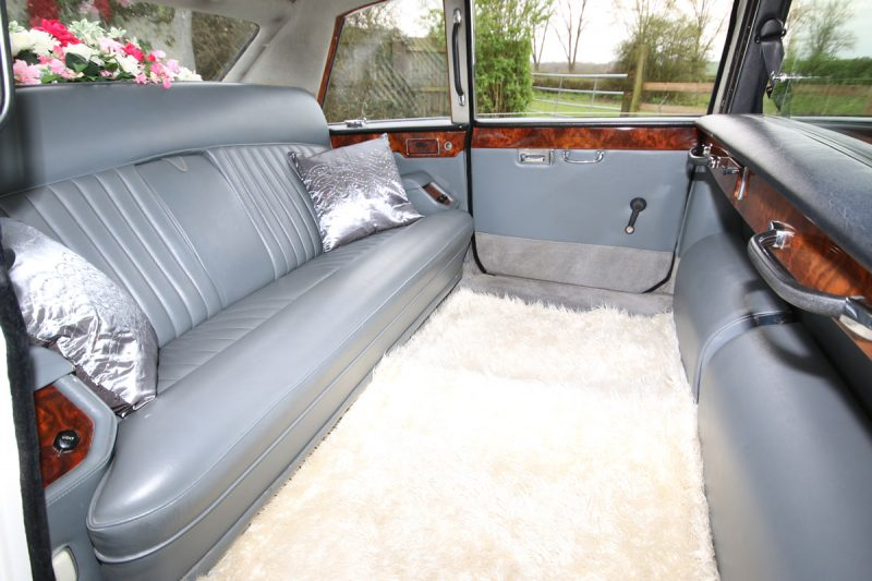 Regency Carriages - Daimler DS420 Limousines